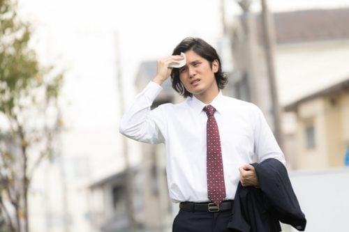 汗かきな男性
