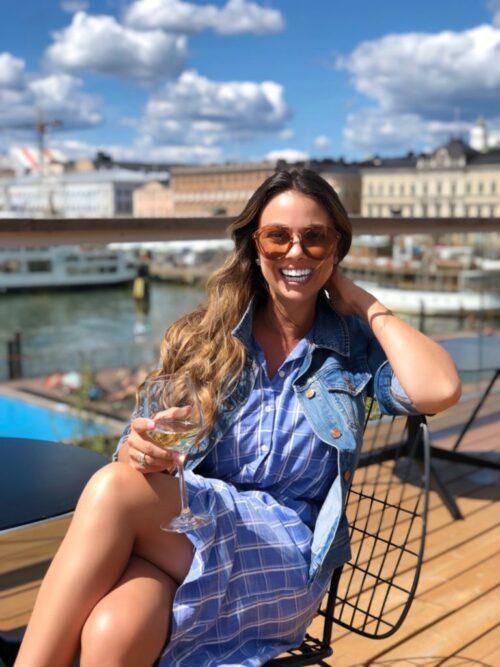 お洒落を楽しむフィンランドの女性